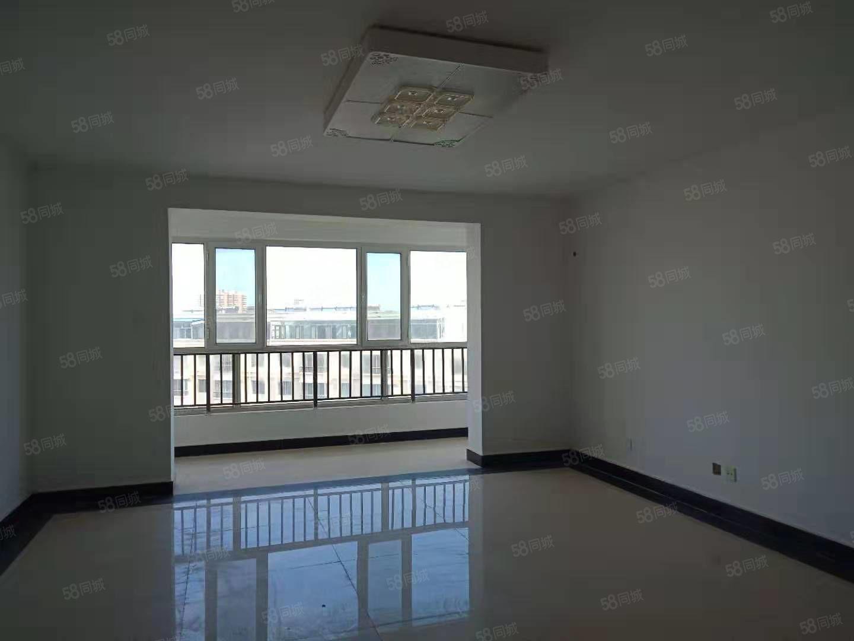 成林大厦145平米5楼出售