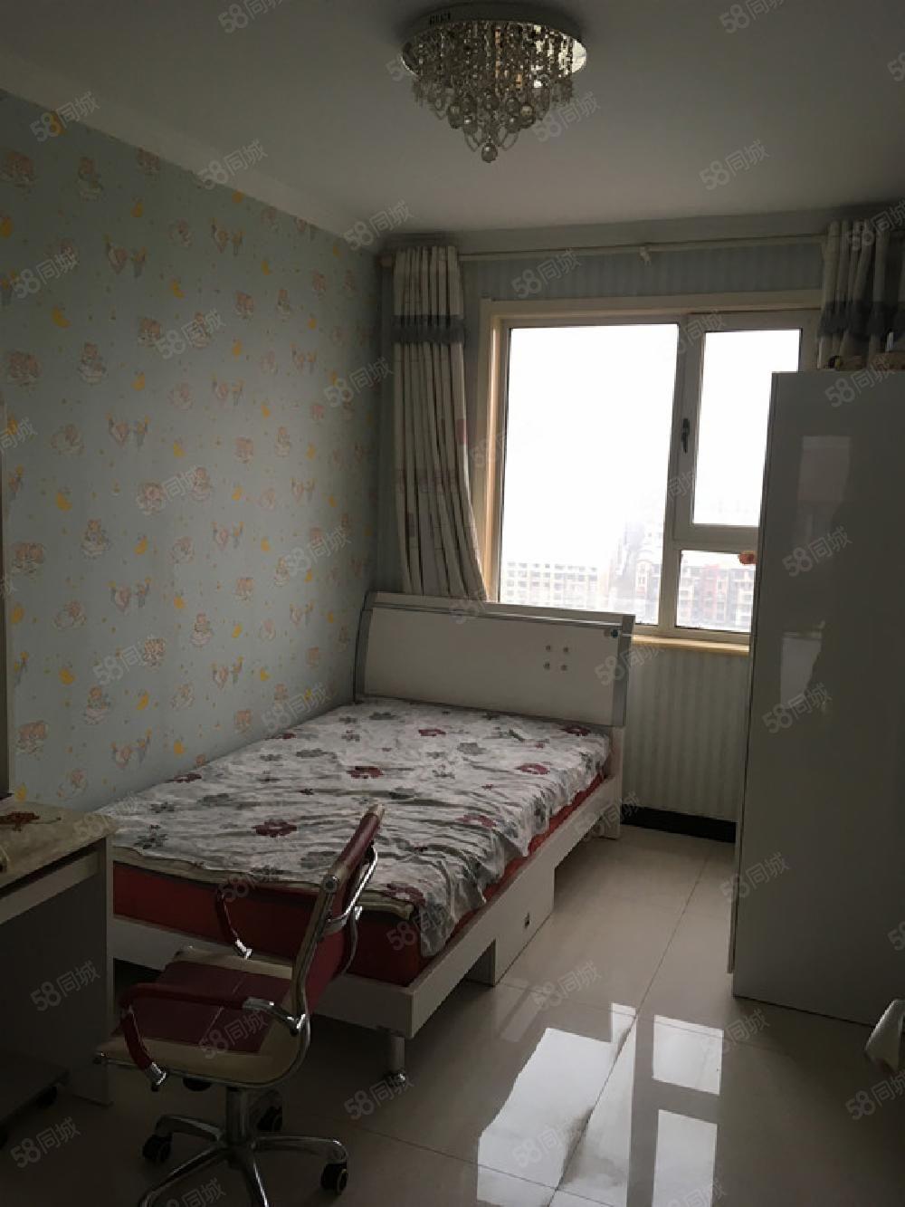 北京周�香河天下一成�γ嫒�室精�b修1300