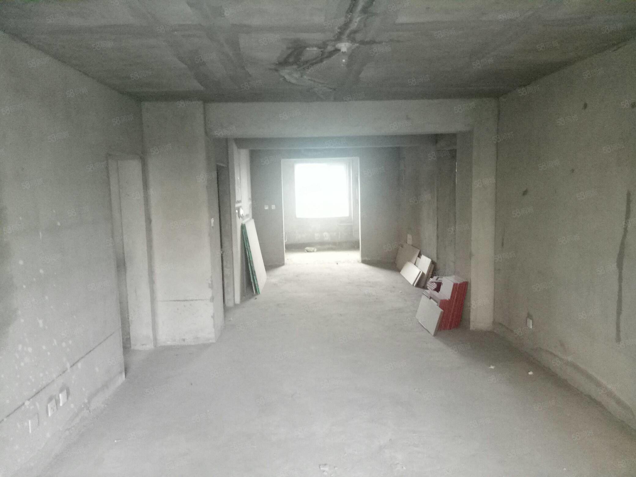 疏勒家苑137平米,3室2廳2衛,可按揭