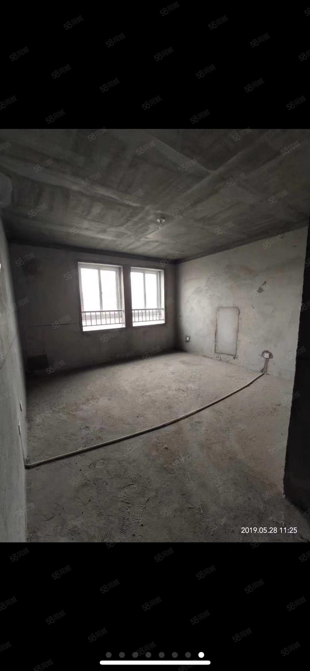山河佳苑電梯19樓2室2廳可改3室,帶10平儲不滿二