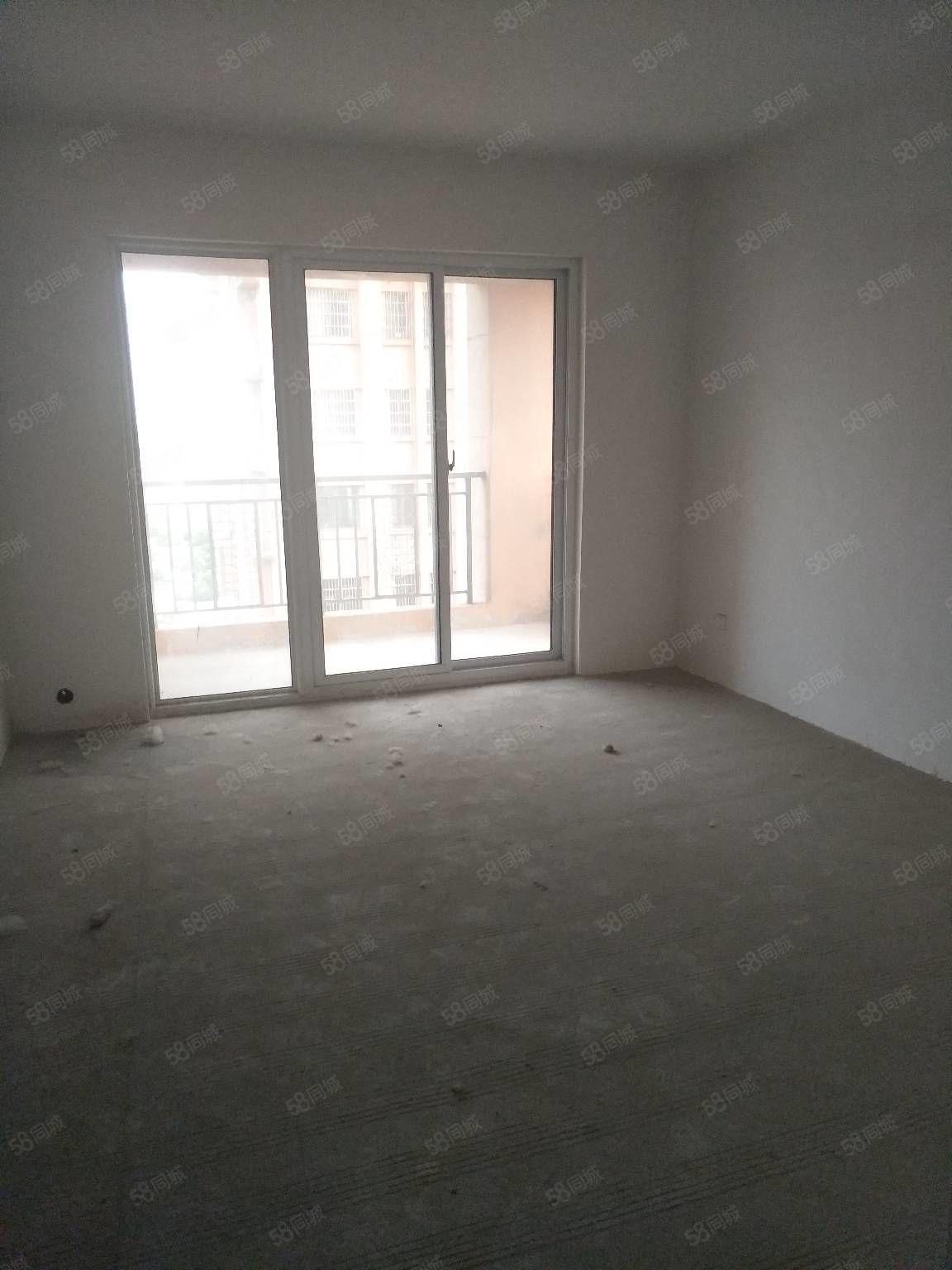 凯源香榭丽舍电梯好楼层紧凑型小三室毛坯随时看房