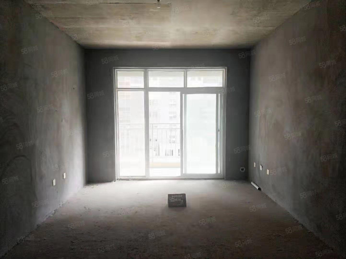 巨人印象二期三房朝南付款方式灵活钥匙在手随时可以看房