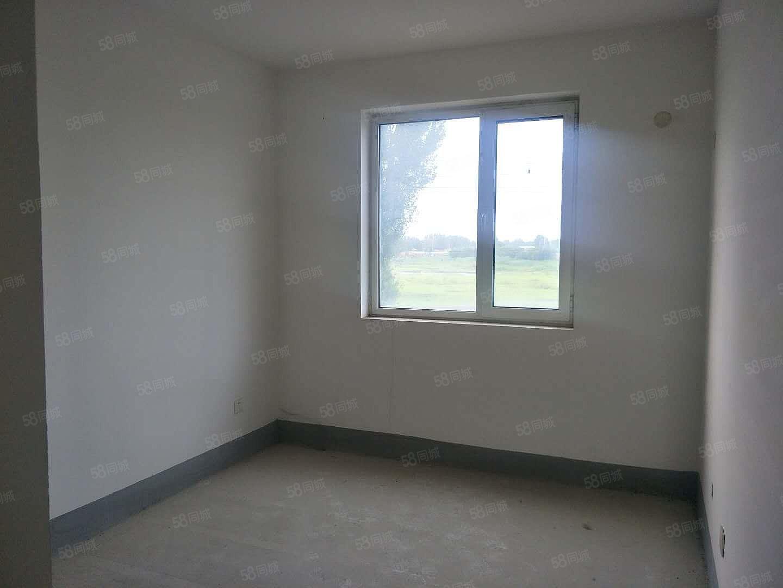 香榭家�@,通透2居好采光,房本�M二年,�W�^房,�S�r看房。