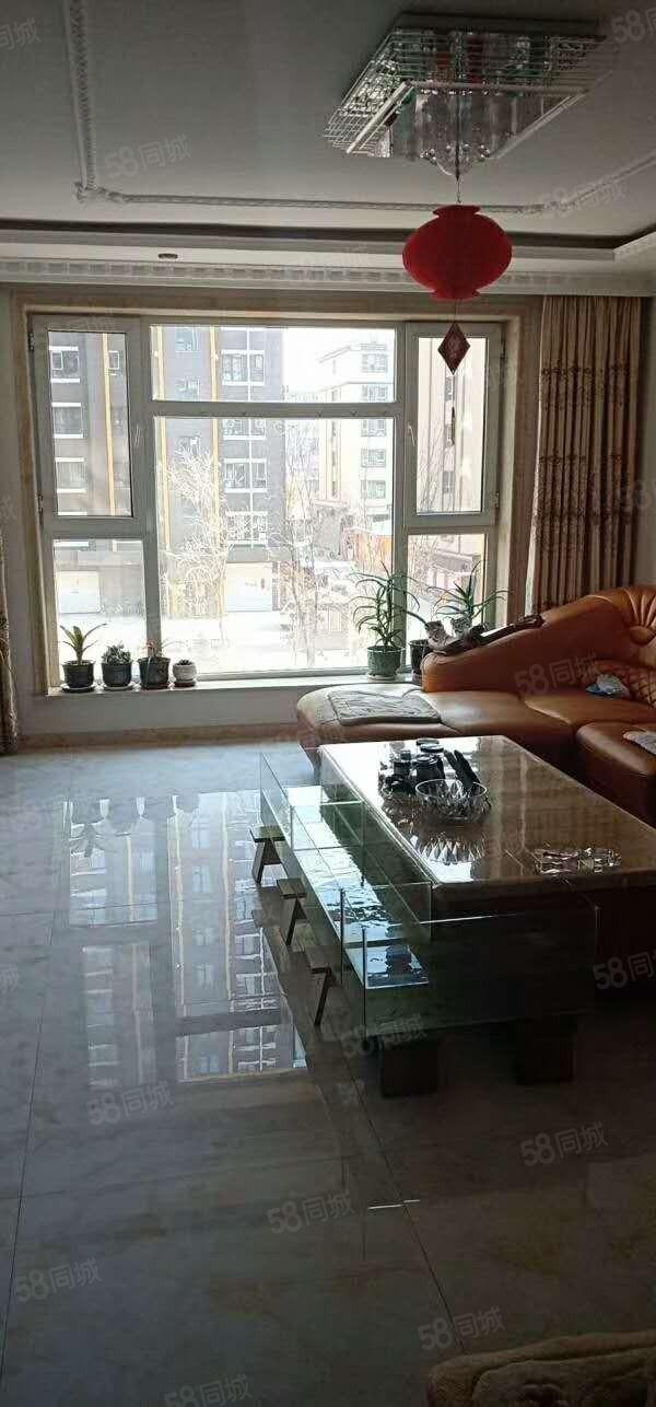 锦绣3楼,户型好,采光好,临近东市场,德通物业