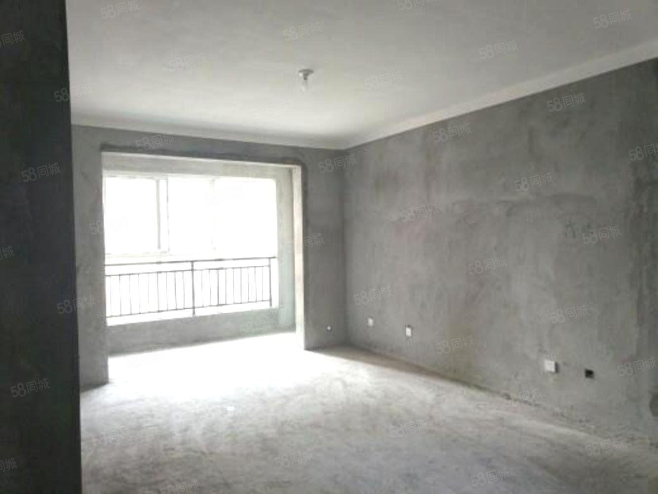 明堂附近恒泰春天高層帶電梯房三室兩廳鄰近大張