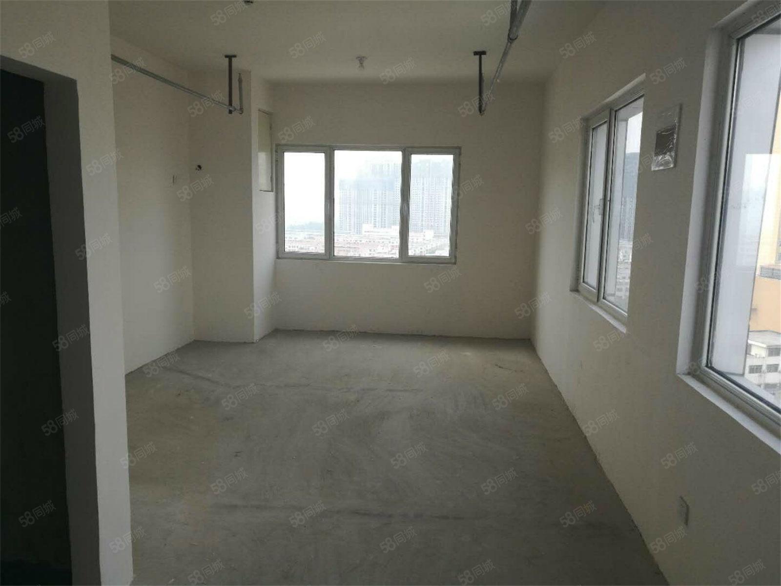 急!�|�世�Q中心小公寓抄底�r格低于周�1000�F房急售
