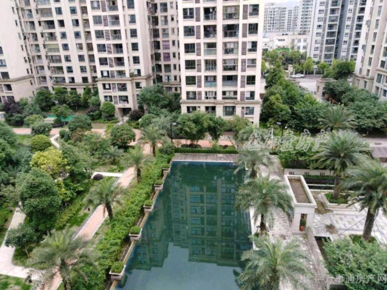 6800一平急售品質小區洋房建筑商立城香漫林精裝修2房87平