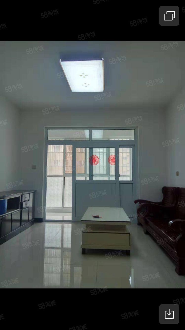 共城华庭2室2厅。。