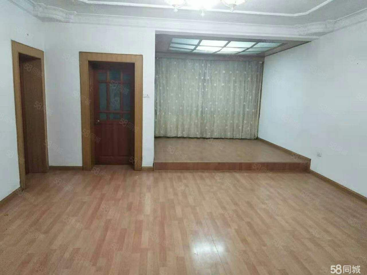 中医院旁(东风二小区)择优澳门金沙平台!3室2厅2卫/120平米!