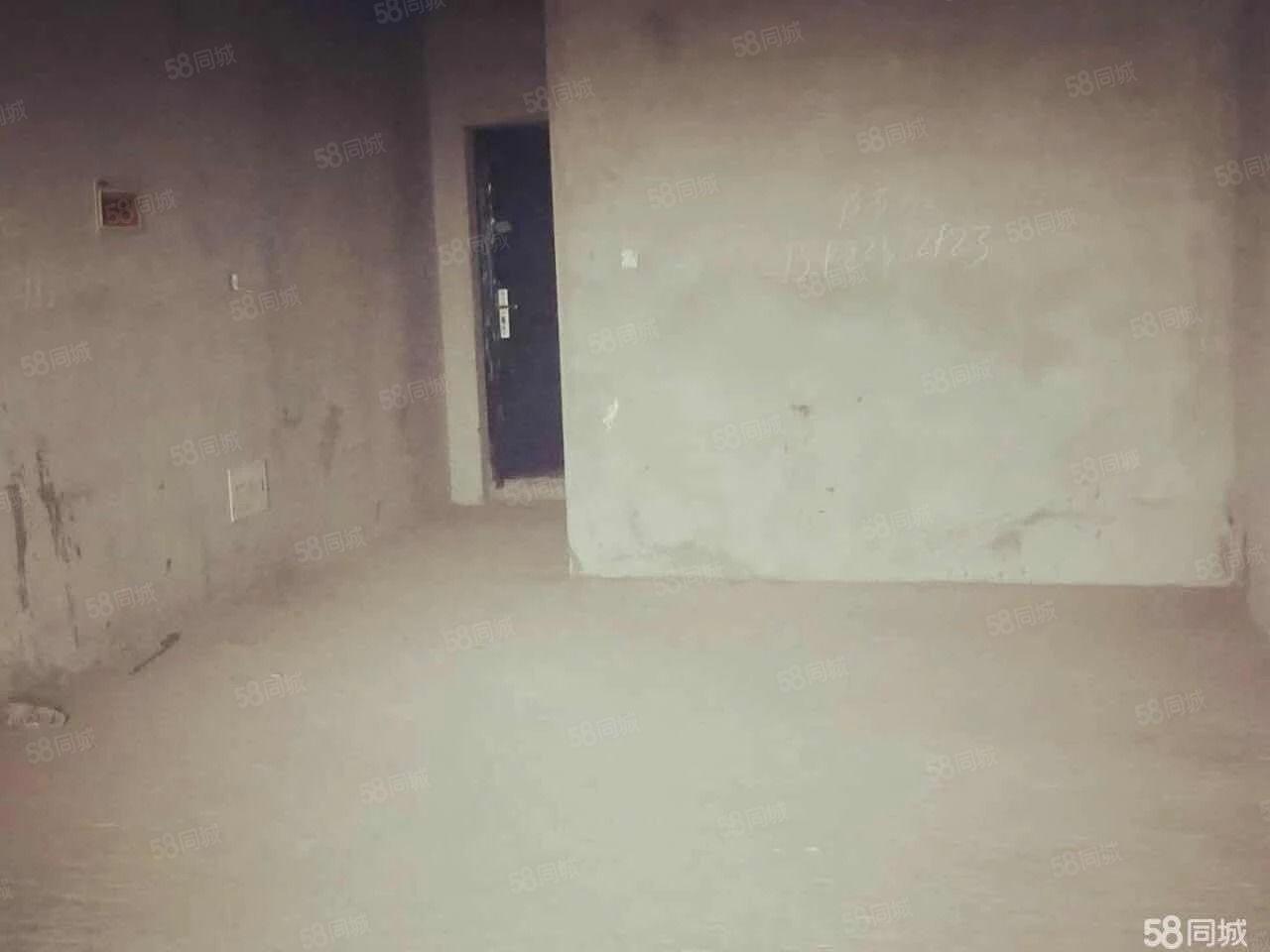 南门南城汇毛坯三室现房全款包过户