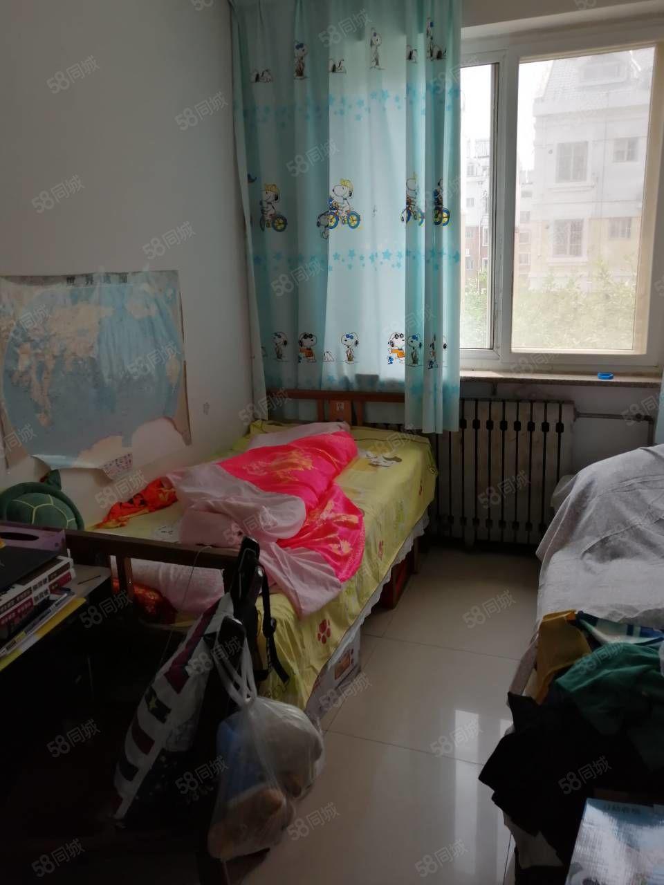 富海花园4楼带家具位置好环境好紧邻学校