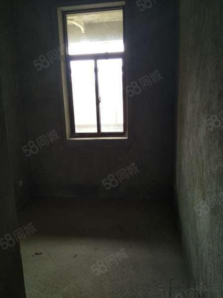 清和苑92平2楼毛坯公寓正常首付可以贷款