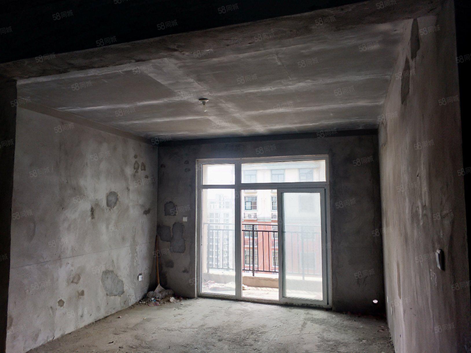 金域华庭电梯大两房有证可按揭户型方正全天采光随时看房
