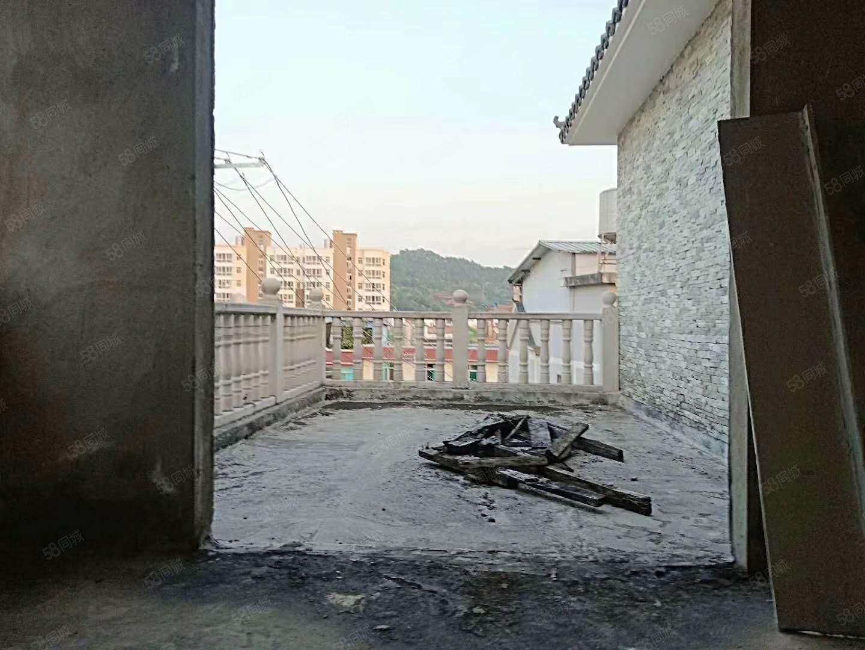 茶马古镇别墅可做办公写字楼位置好环境安静