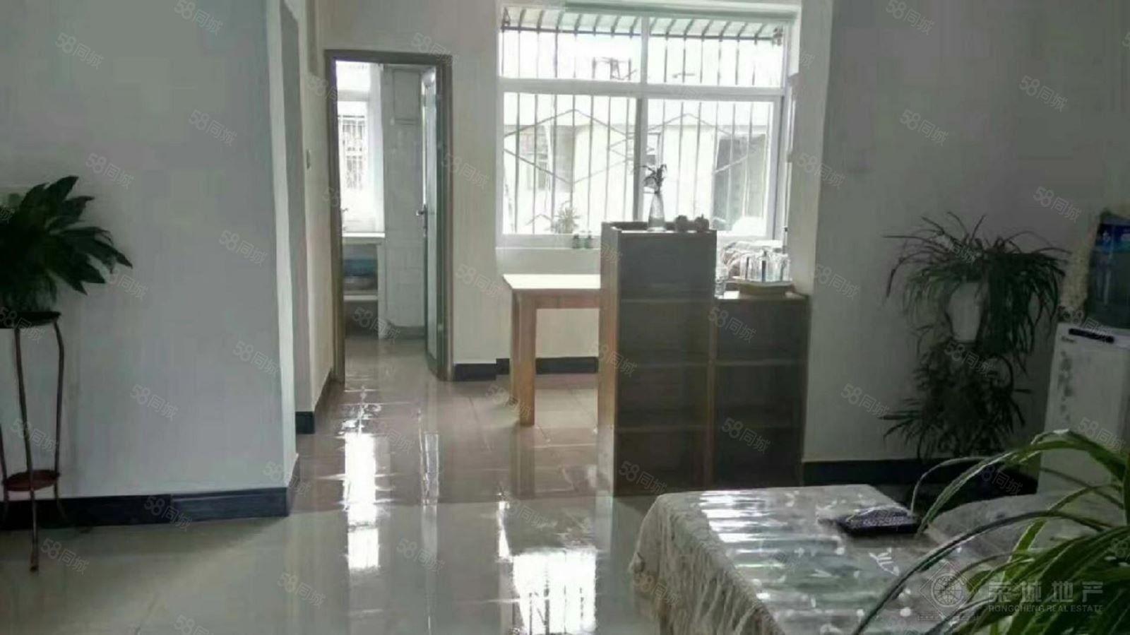 诸葛小区三组团1000元2室2厅1卫普通装修,家电家具
