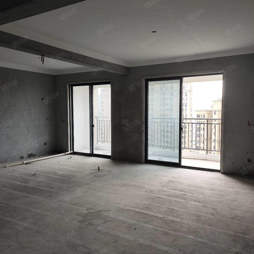 青草湾130平,四室两卫南北通