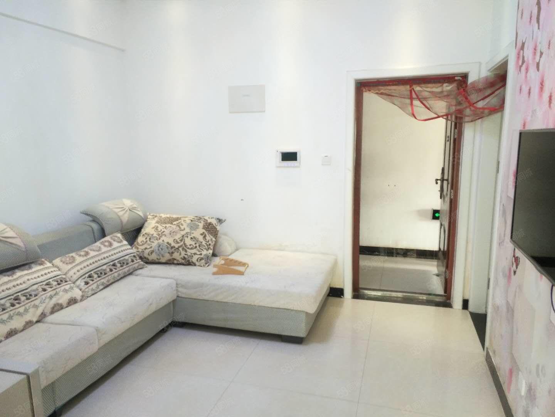 观澜国际精致一室一厅小公寓家具家电齐全文昌幼儿园对面南户