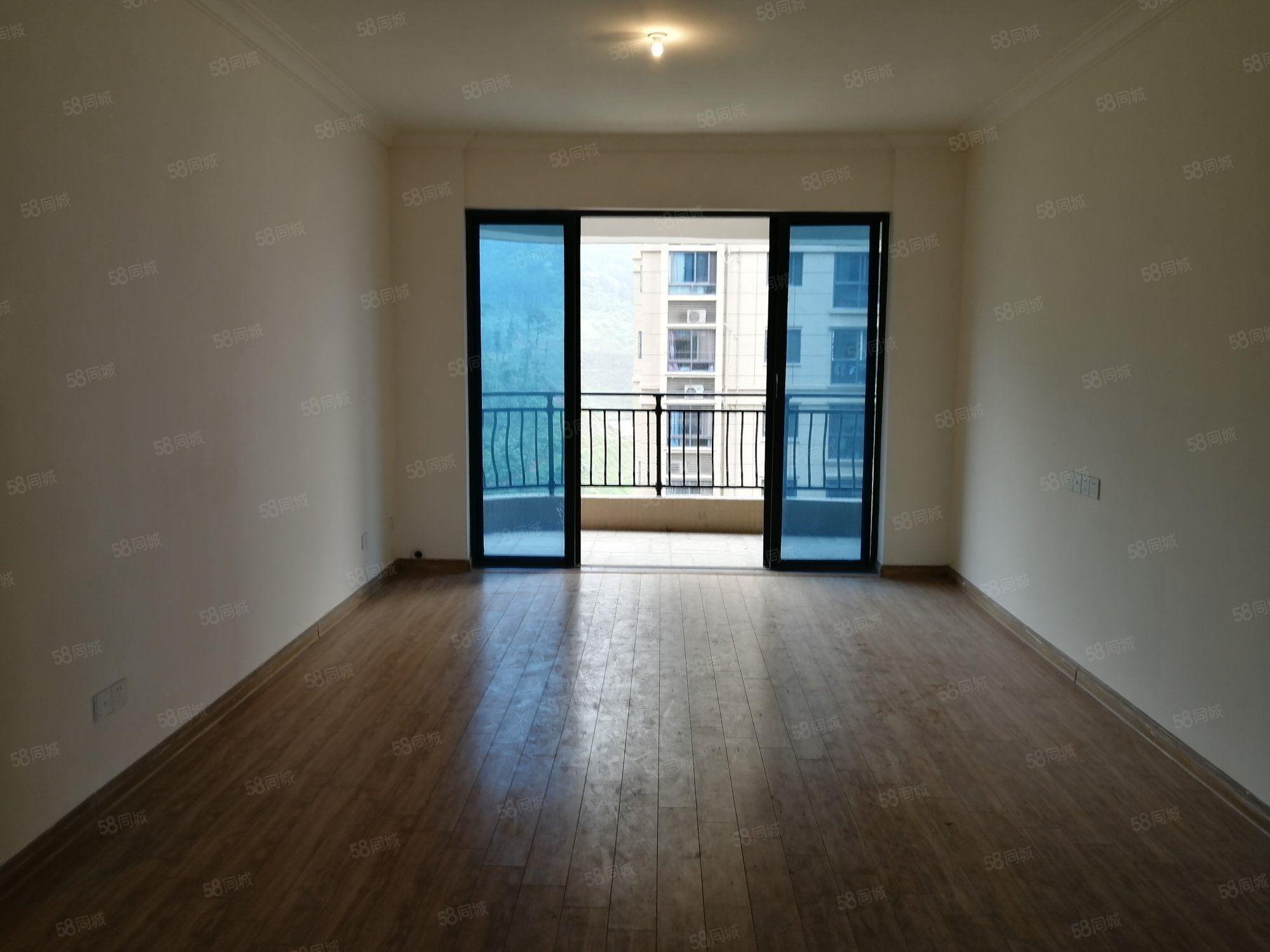 三明碧桂園138萬高層帶車位3室2廳1衛精裝修