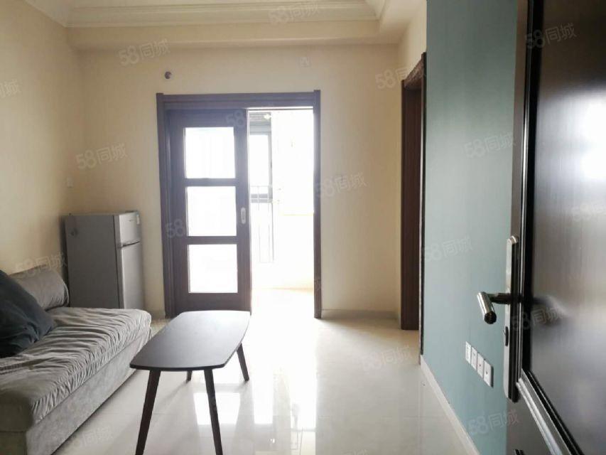 碧桂园生态城精装公寓800一个月诚心出租