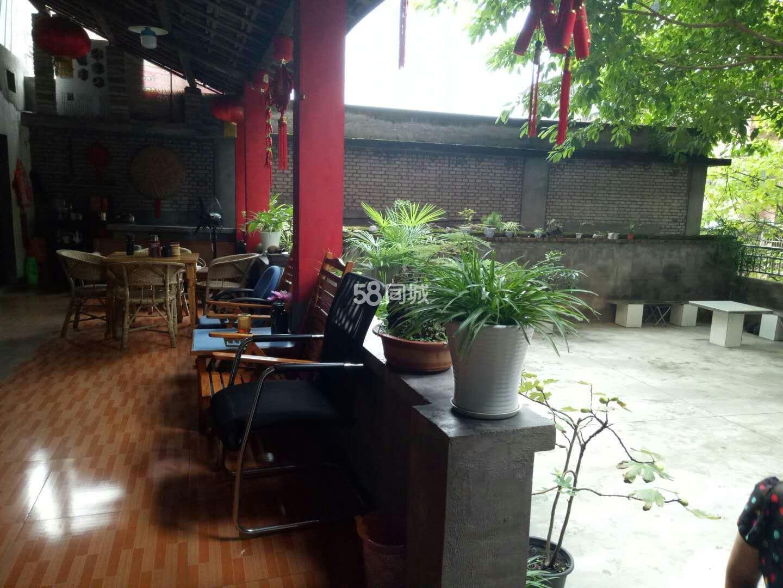 重庆忠县果园路2室1厅1卫
