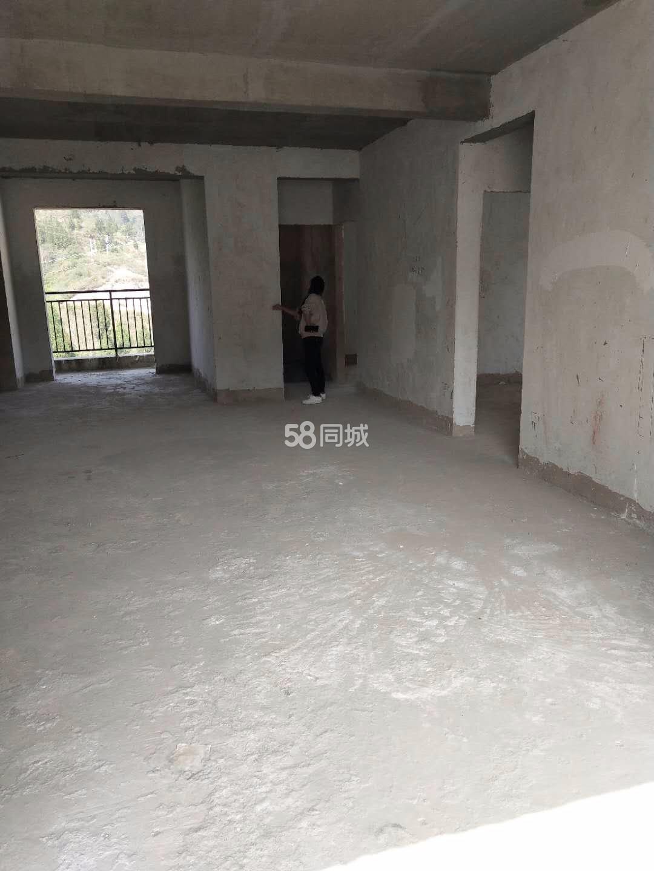 云龙洞旅游开发有限公司4室2厅2卫