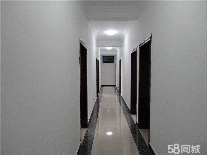贵州省镇远县9室0厅9卫178.22平米