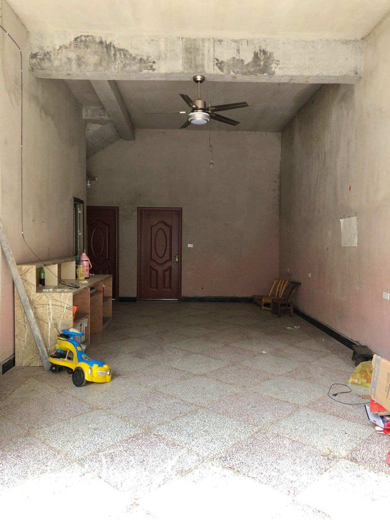 小磨王自建复式楼出售