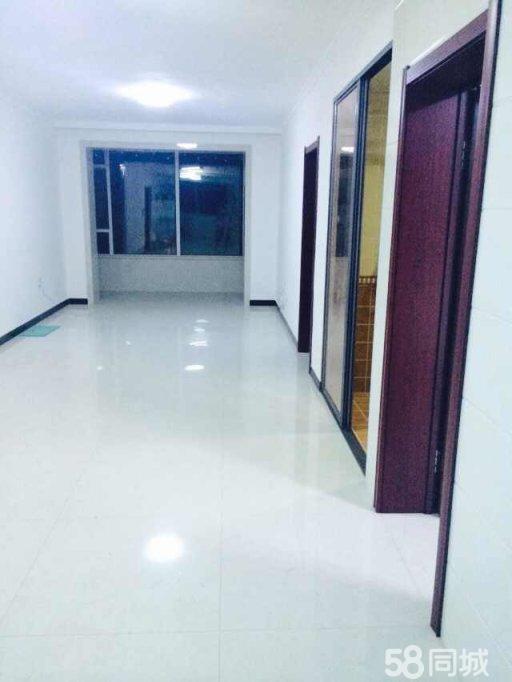富苑�A城3��3��302室