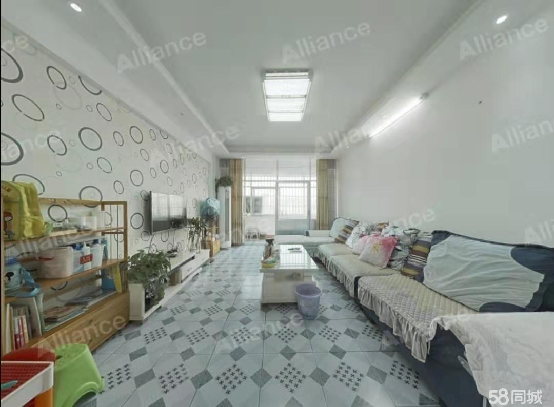 索河佳苑3室2厅1卫