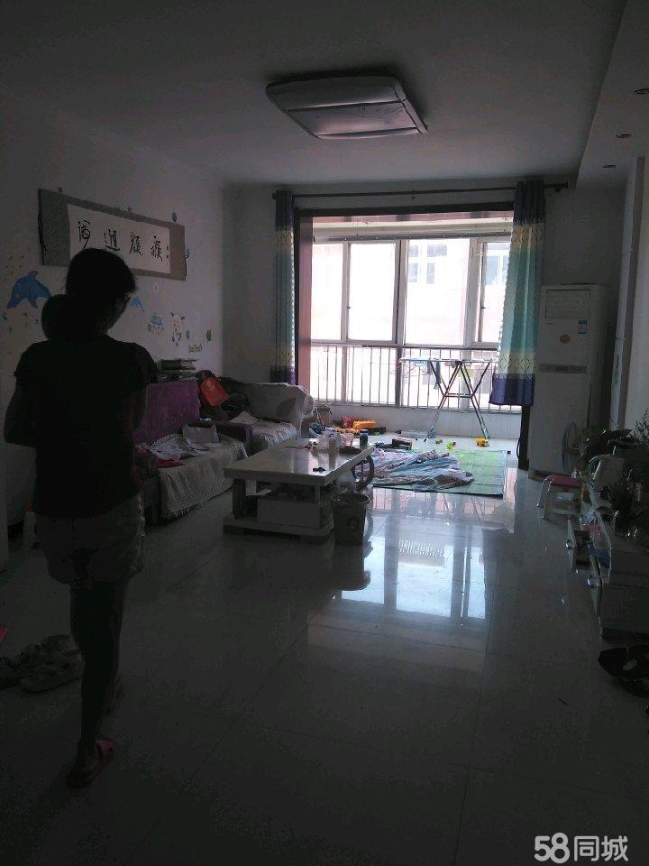 子弟学区房世和苑两室精装修,首付可分期