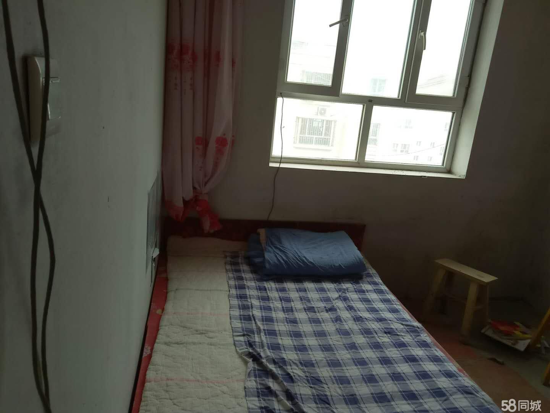 金银川路绿岛小区-苹果苑3室1厅1卫111.51平米