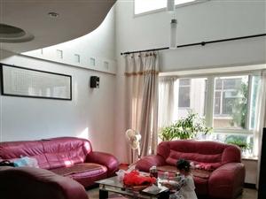 其它金陵西区商住楼楼中4室2厅2卫188平米