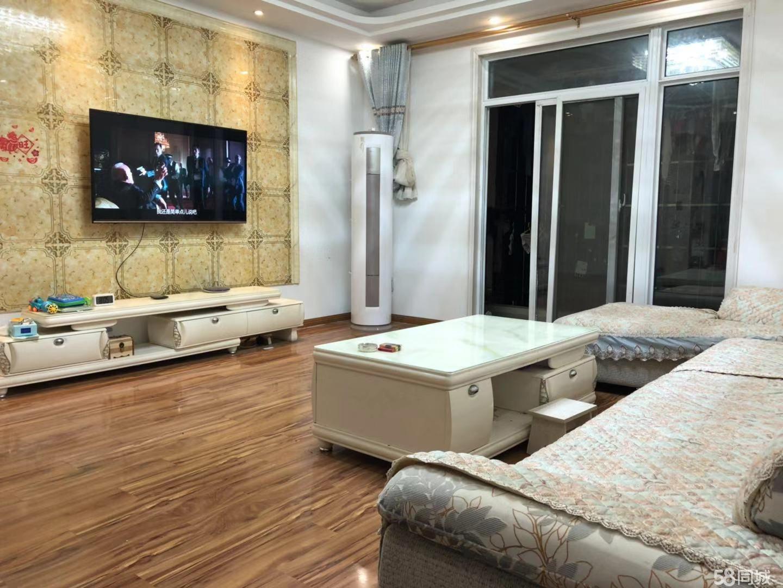 梁子湖凤凰苑社区4室2厅2卫160平米