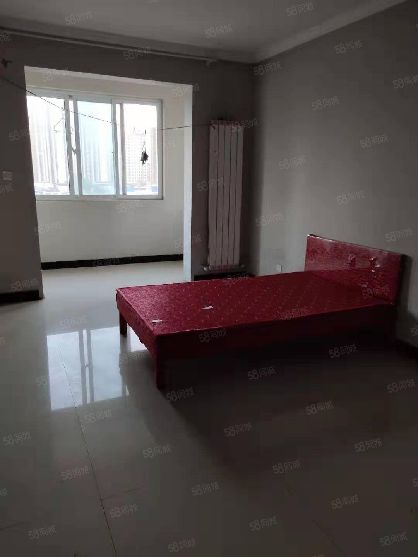 出租南关社区三室两厅适合办公居住地段繁华