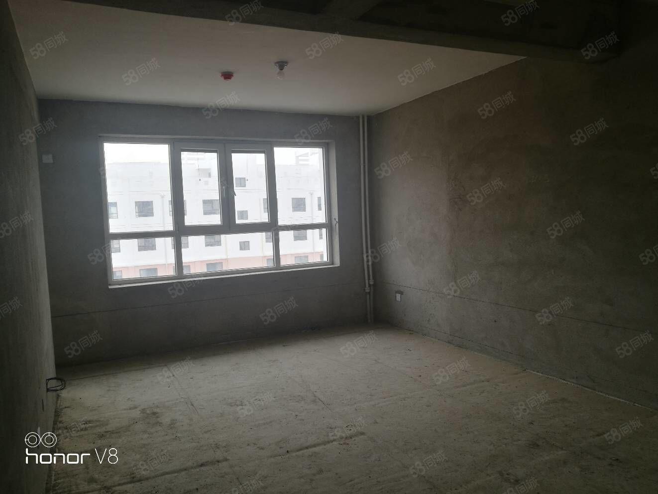 福泽华庭129平复式11楼四室三厅一卫,毛胚地暖房,可按揭。