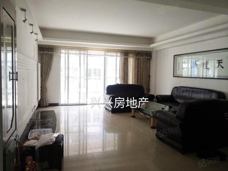岭海明珠步梯6楼130平3房2装修雅包部分家电