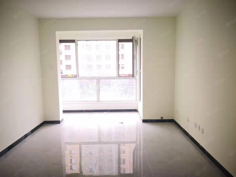 急售自在城中裝86平全陽兩居100萬有本配合正常貸款看房方便