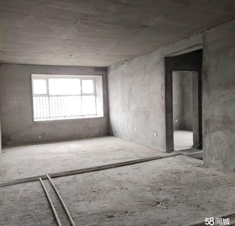 海斯頓毛坯隨意裝修,三實小九中送地下室一年半物業費