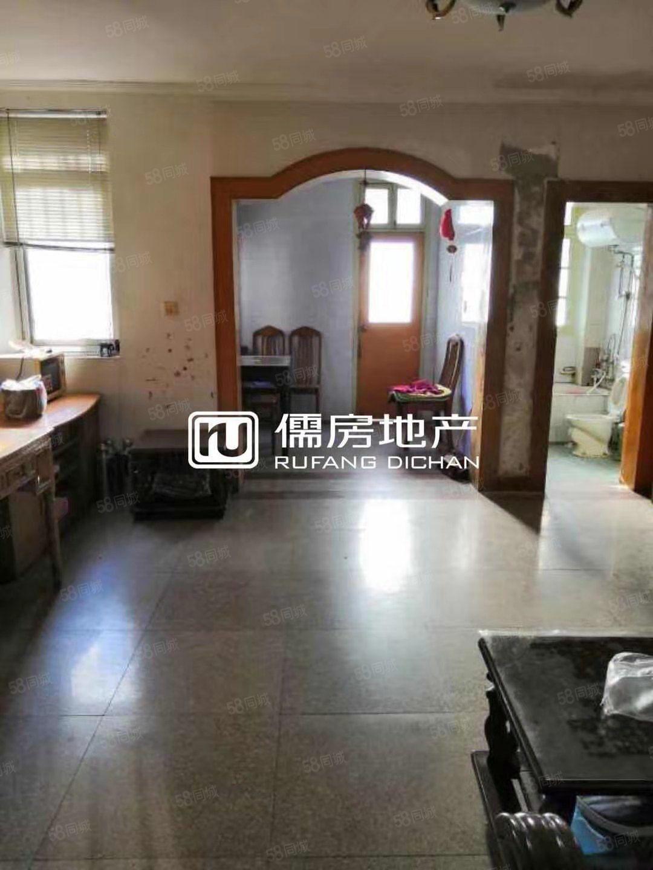 整租怡港新村3室1厅中装2楼设配齐全拎包入住