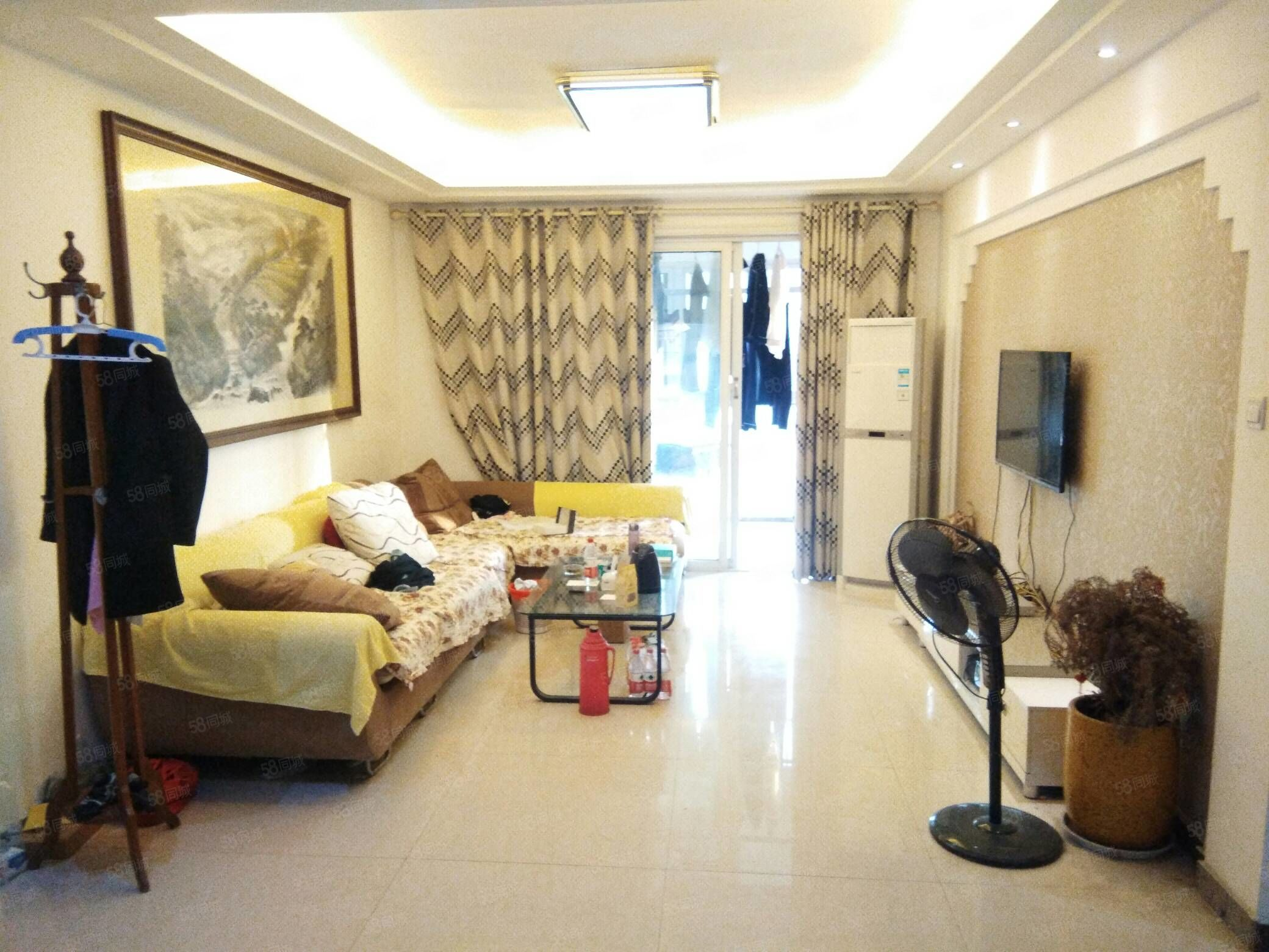鲁班,2室1厅,精装,一年16000元,可半年付。