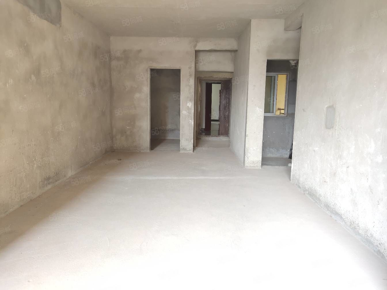 一品上城,毛坯2房2厅,现卖现装修