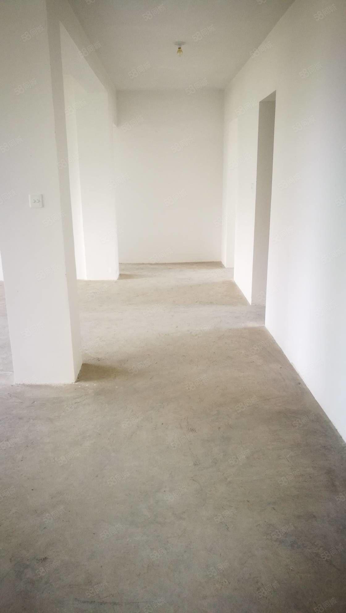 后塍新塍小区毛坯三室二厅南北通透三房朝南