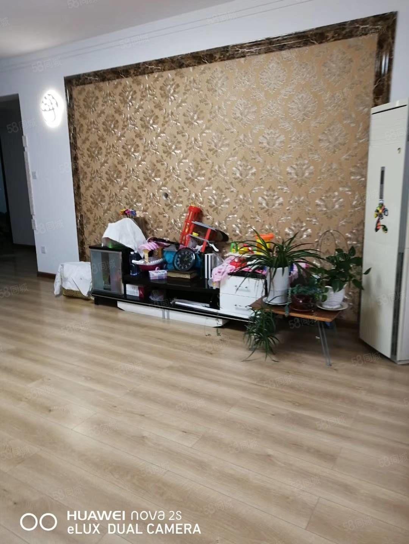 银通河畔花园125平9层3室2厅精装50万