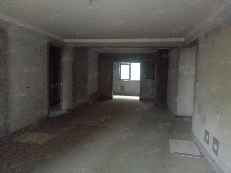 建业联盟二期一楼带院,可以续按揭,现房澳门银河官网赌场网址