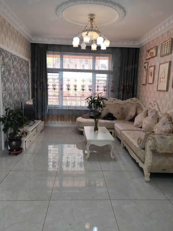 房多多桐城B一樓帶花園歐式裝修風格前后無遮擋房本過二