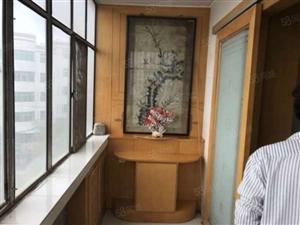 甘谷西关十字中装三室好房出售送部分家具家电