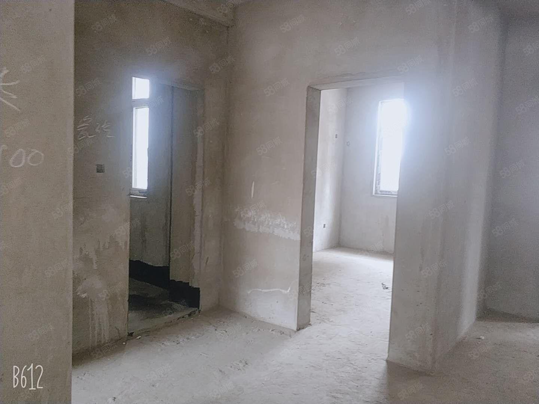 景泰名邸中層166平米觀景毛坯房