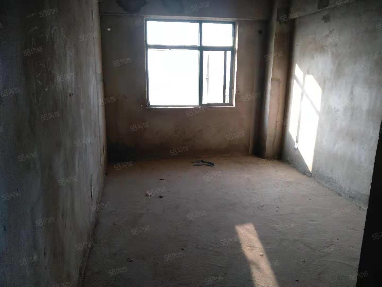 35平住宅性质小公寓,首付6万月供几百,业主急卖可落户税费少