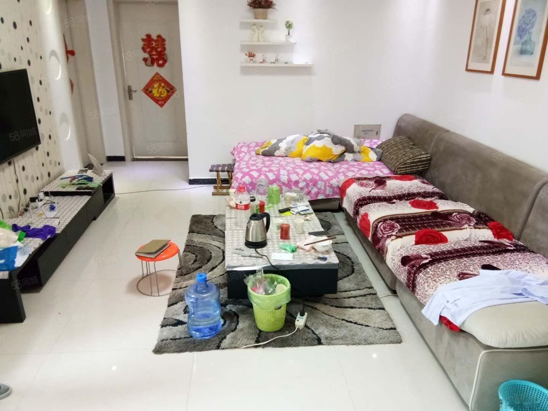 急售急售广州路锦绣豪庭精装3居有证可以按揭随时