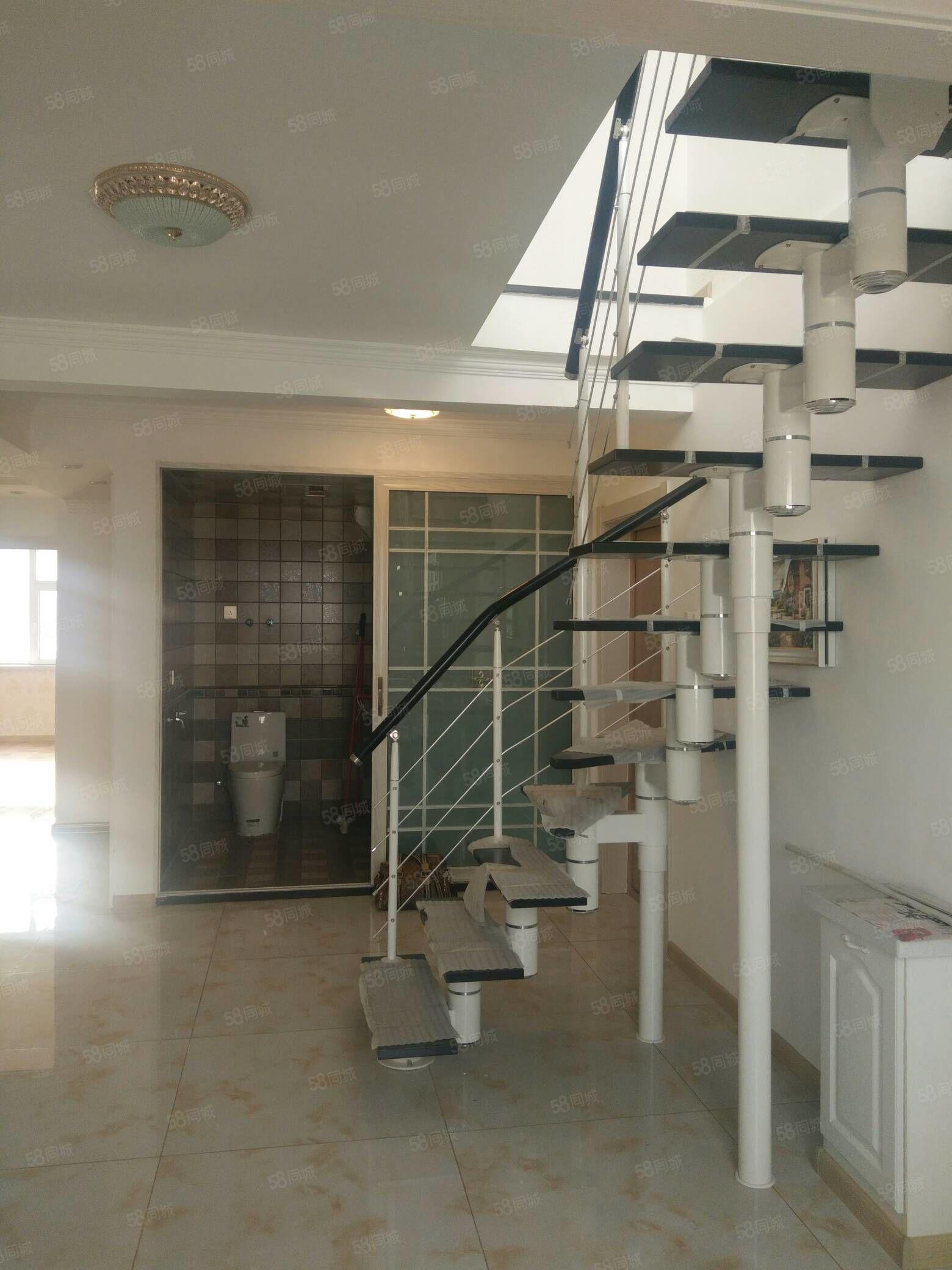 太和小学经纬家园9/9电梯带阁楼精装71.8万看房方便